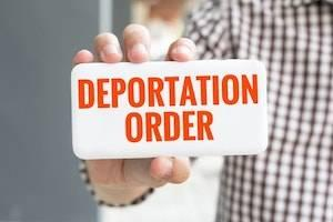 b2ap3_thumbnail_deportation-order-Chicago.jpg